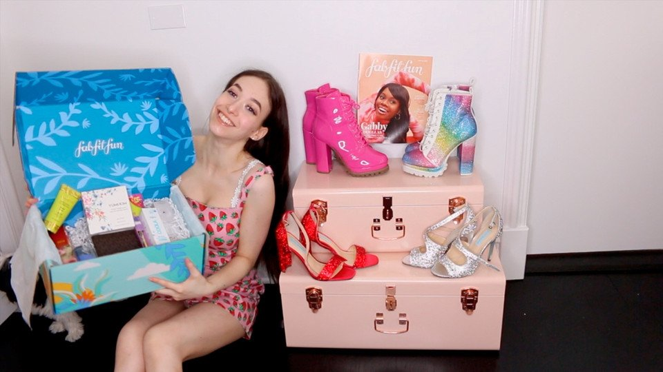 Read more about the article Unboxing: Fab Fit Fun -Summer Box