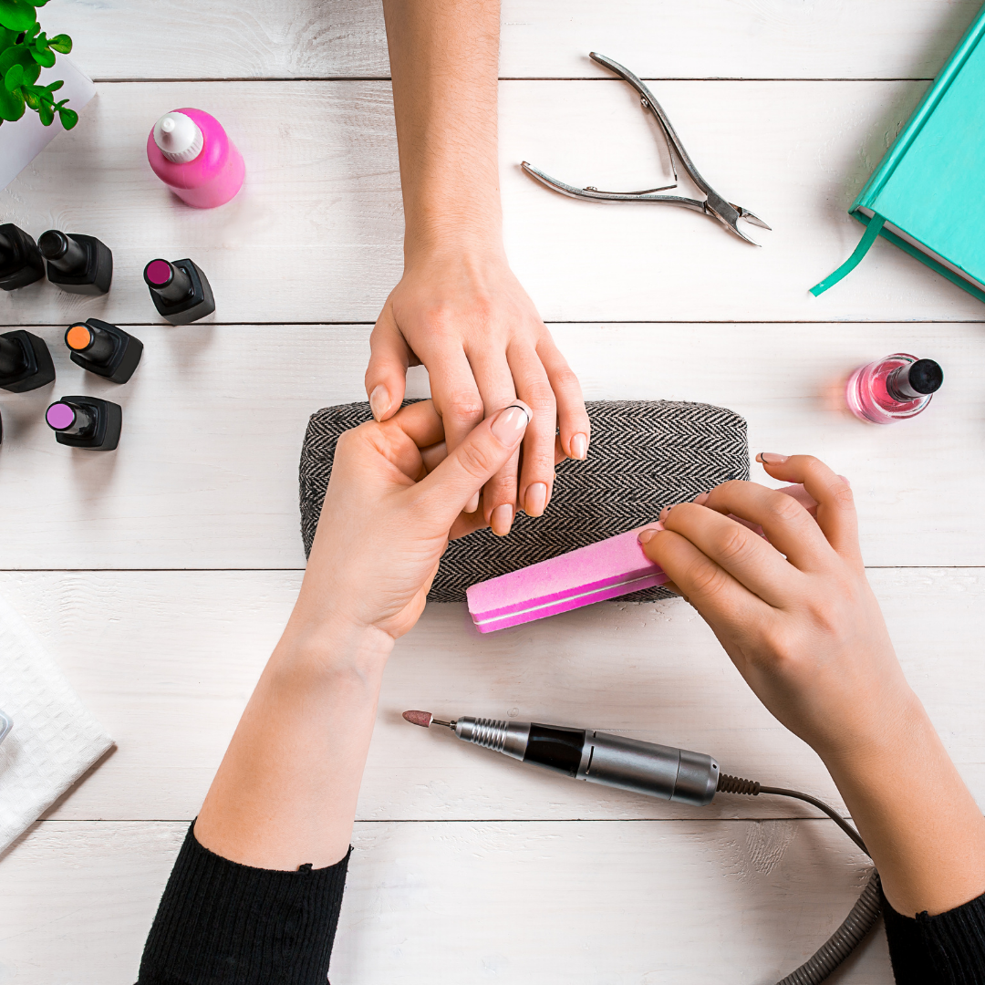 You are currently viewing 10 Nail + Skin Care Tips For Gorgeous Hands!